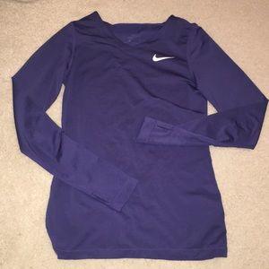 Nike girls long sleeve top
